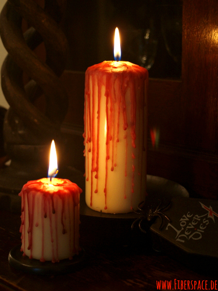 Bastelanleitung Halloween: Blutige Kerzen